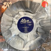 ALIVE0177-splattered copy